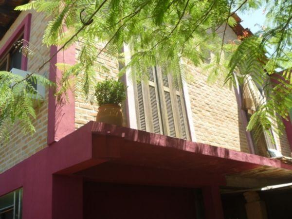 Casa à venda com 3 dormitórios em Tristeza, Porto alegre cod:MI13424