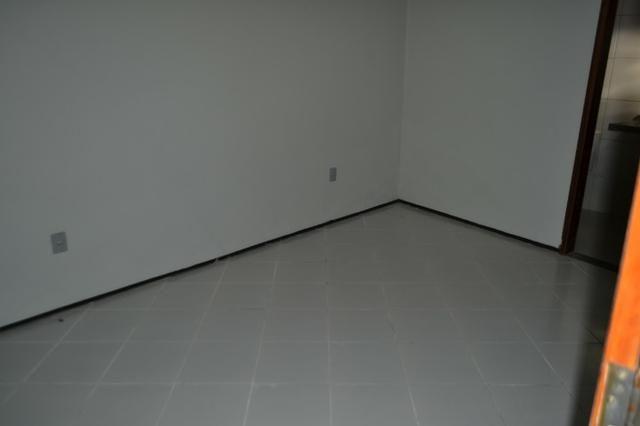 Casa em Condomínio para locação 02 Quartos sendo (01 Suite) no bairro Planalto - Foto 8