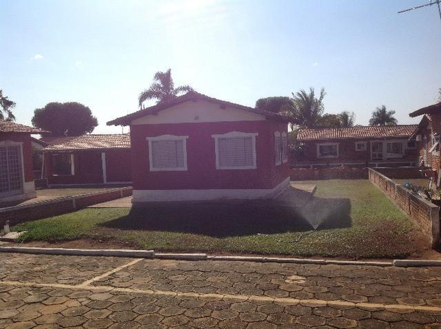 Chalé em caldas,condomínio bem localizado,com terreno caso vc queira ampliar