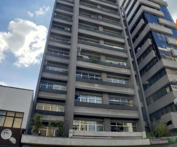 Conjunto Comercial / Sala excelente localização - Centro de curitiba - 44 m² - Completo