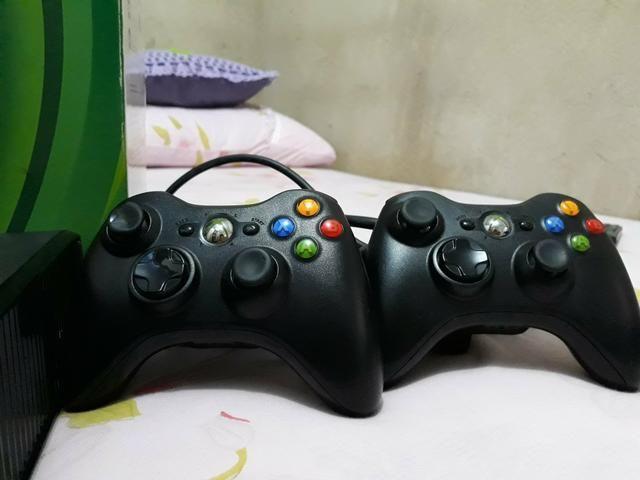 Vedo um vídeo game contato *