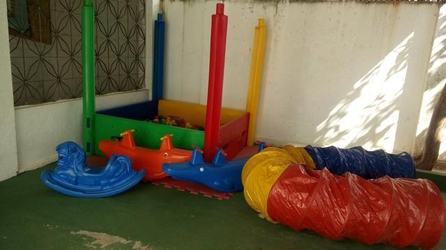 Vendo brinquedos,gangorras, cavalinho, piscina bolinha e túnel - Foto 2