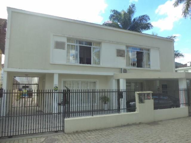 Casa para alugar com 5 dormitórios em Centro, Joinville cod:04942.001