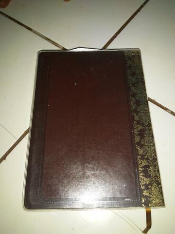 Biblia de estudo - Foto 2