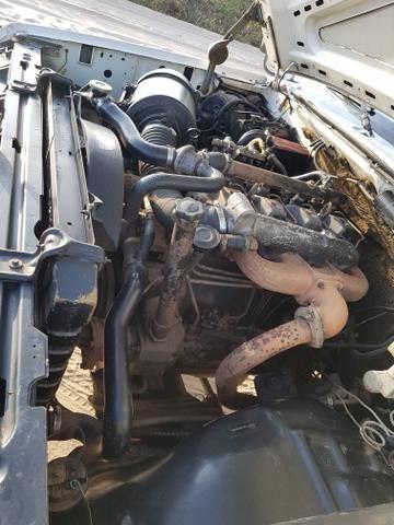 Vende-se F4000 Ano 96 Motor MWM - Foto 4