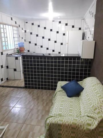 Alugo casa fundos mobiliada - Foto 3