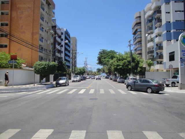 Apartamento a Venda a 2 quadras da praia de Jatiuca - Maceió -AL