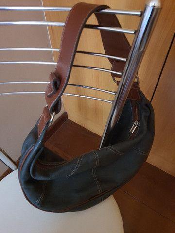 Bolsa de mão forrada - Nobuck - Foto 4