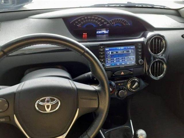 Etios 1.5 Sedan Platinum 8v 2016 - Foto 4