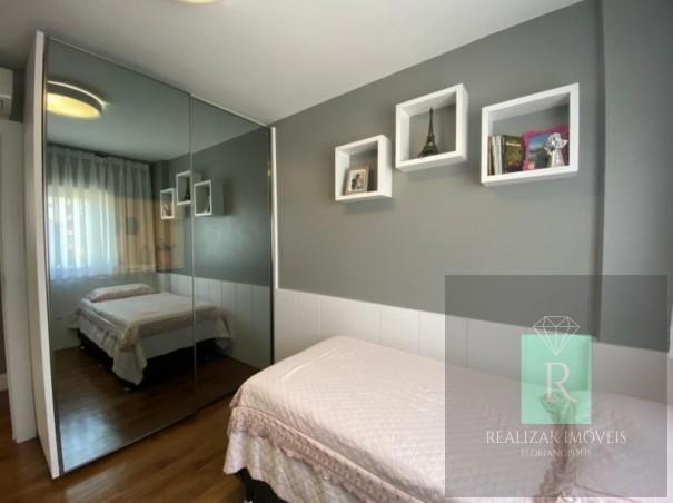Ótimo apartamento com 03 dormitórios no bairro Balneário - Foto 13