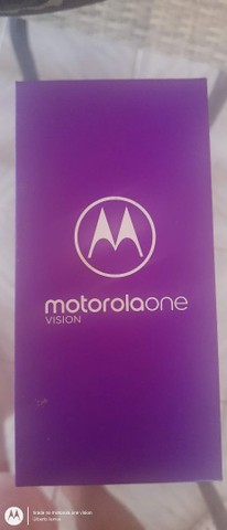 Celular Motorola on vision
