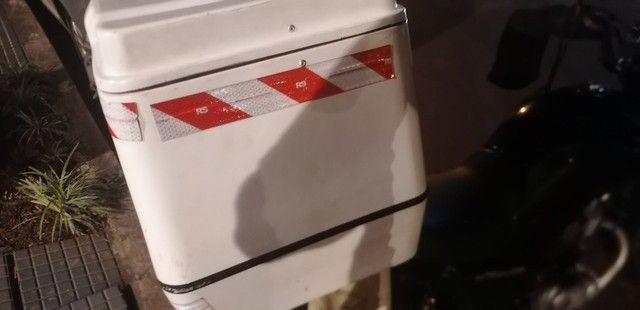 Caixa de fibra 80 litros  - Foto 3