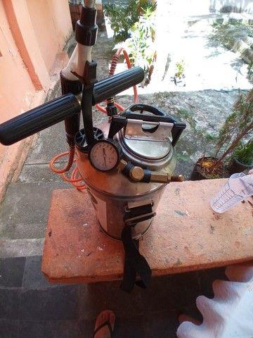 Pulverizador Inox Guarany 8 litros com kit. - Foto 2