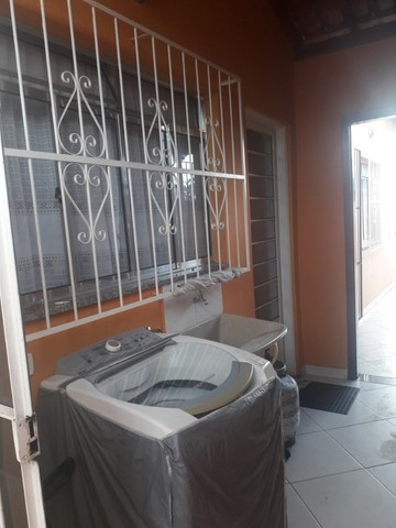 Linda casa 3quatos com 2garagens e quintal em São Lourenço MG - Foto 7