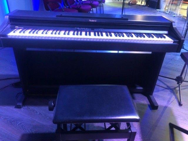 Piano Eletrônico Roland RP301 SP - Foto 2
