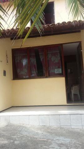 Vendo Casa em Condominio no Icarai, 2 quartos,mobiliada;