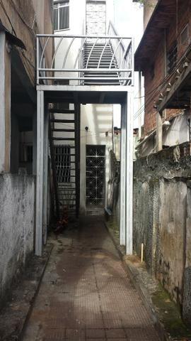 Casa duplex de dois quartos e Studio (quarto e sala) em Brotas