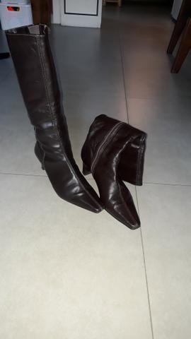 Botas tam.35 pouco uso
