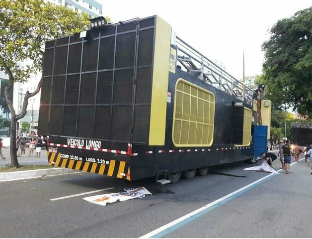 Locação de trio eletrico e palco móvel