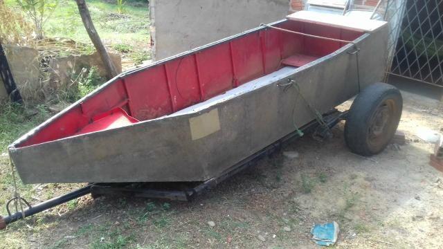Canoa de zinco com carretinha - Foto 2