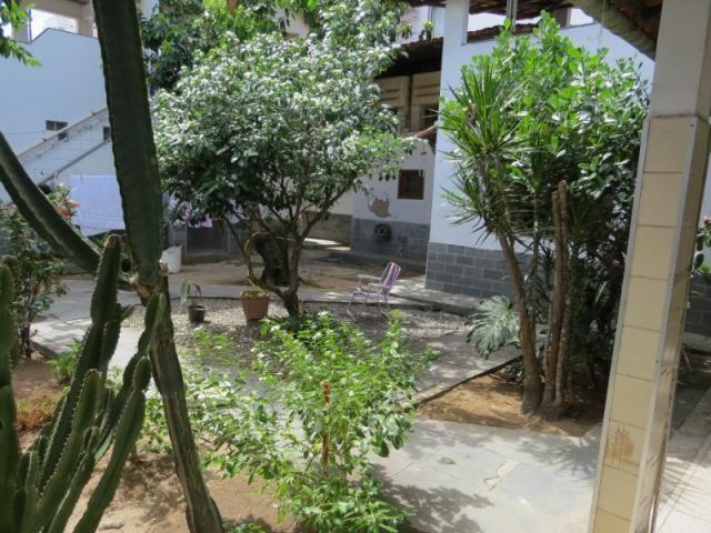 Casa linear com 5 qts, 2suítes, 2vgs - Foto 18