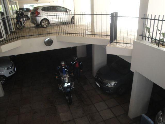 Apartamento a Venda a 2 quadras da praia de Jatiuca - Maceió -AL - Foto 4