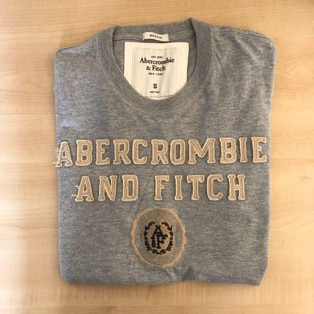 Camiseta Abercrombie & Fitch tamanho P