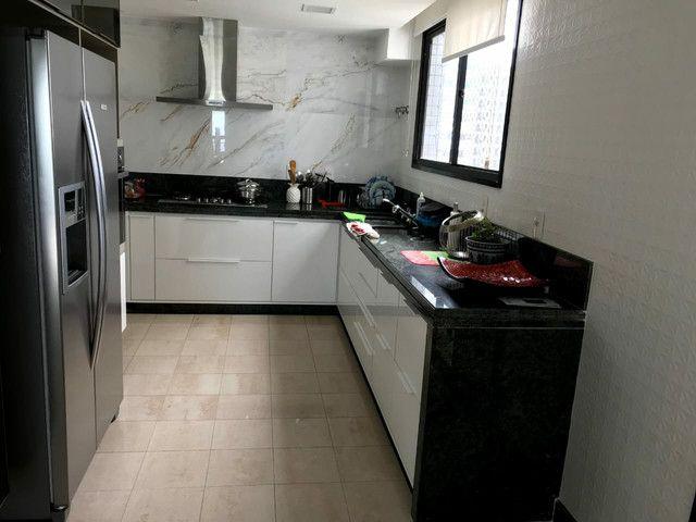 Frente Mar 4 quartos 2 suites 250m2 Lindo - Foto 8
