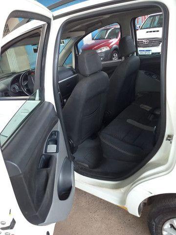 Vende-se: Fiat Idea Essence Dualogic 1.6 - Foto 6