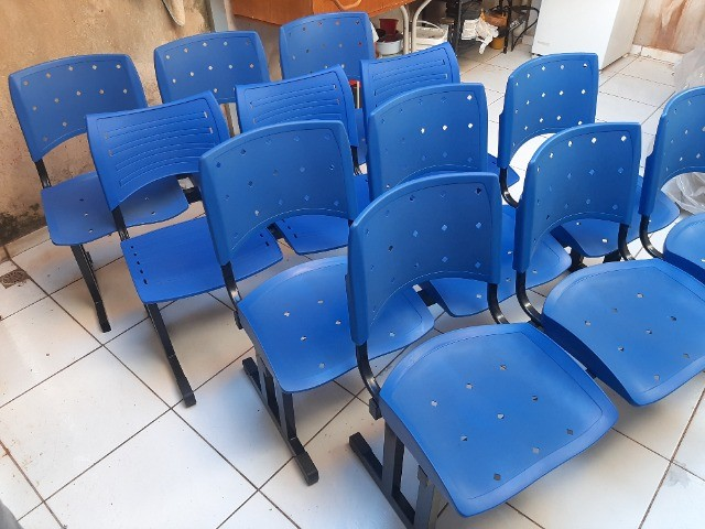 Longarina Plástica 03 Lugares - Cor Azul - Foto 4