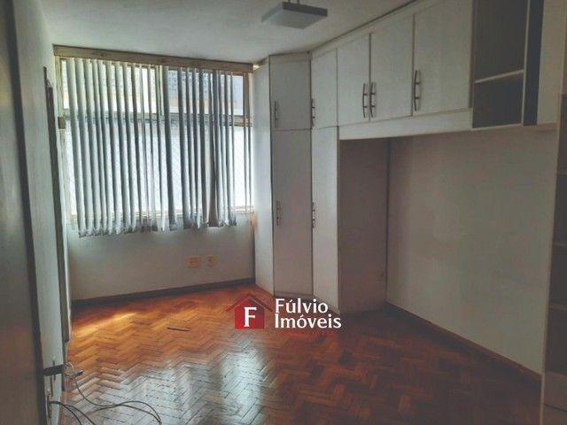 Apartamento com 3 Quartos, Vaga de Garagem e Elevador em Asa Sul. - Foto 12