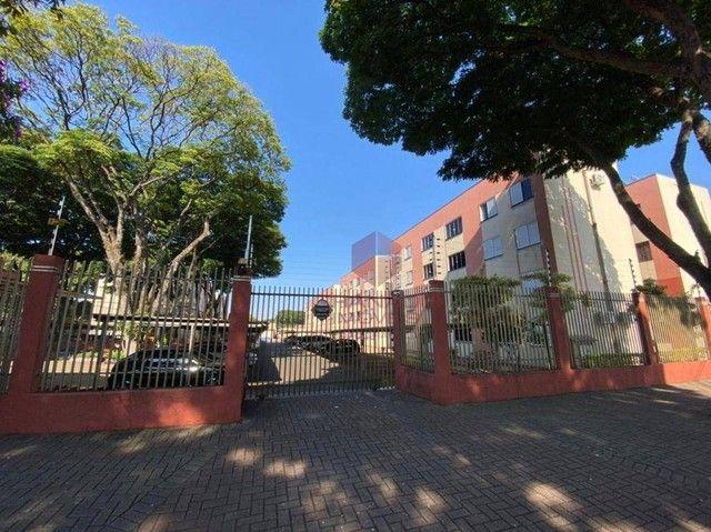 Apartamento com 3 dormitórios para alugar, 48 m² por R$ 700,00/mês - Vila Nova - Maringá/P