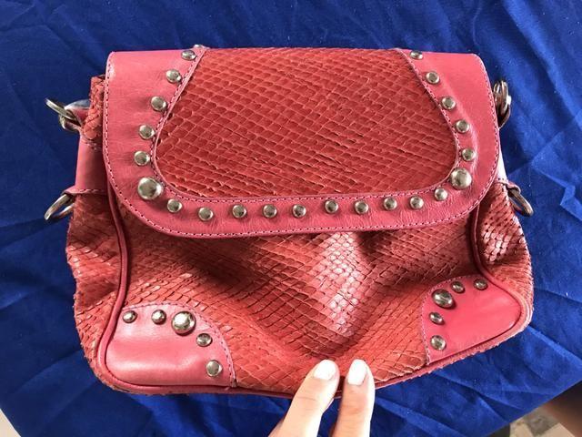c2ec8a3b5 Bolsa rosa, de couro - Bolsas, malas e mochilas - Itaigara, Salvador ...