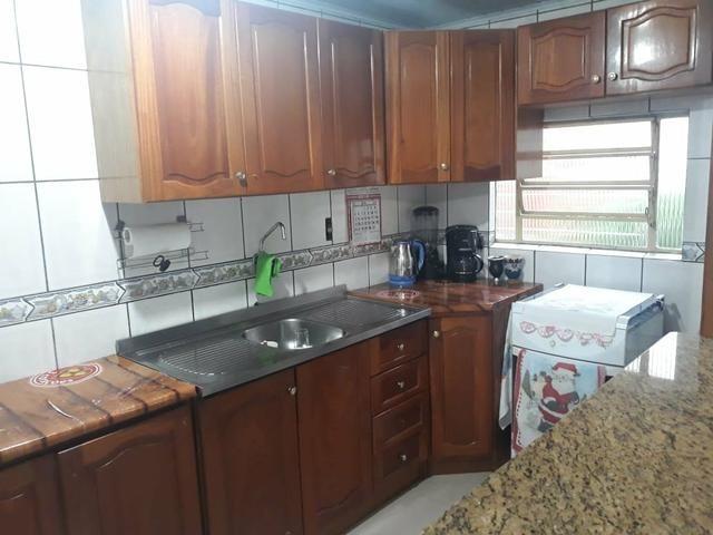 Cozinha completa com pia inox