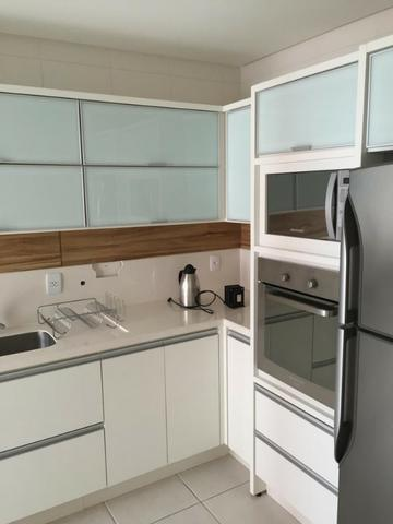 Apartamento de 02 dormitorios, com ampla sacada -Saco Grande - Foto 4