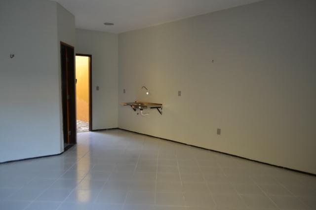 Casa em Condomínio para locação 02 Quartos sendo (01 Suite) no bairro Planalto - Foto 4