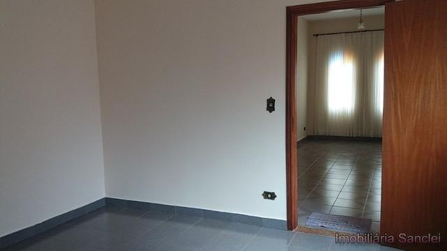 Casa em Cravinhos - Casa com Piscina e 03 dormitórios no Centro de Cravinhos - Foto 10