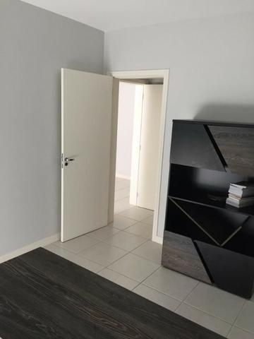 Apartamento de 02 dormitorios, com ampla sacada -Saco Grande - Foto 2