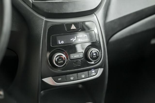 HB20X Premium 1.6 Automático 2016 - Foto 13