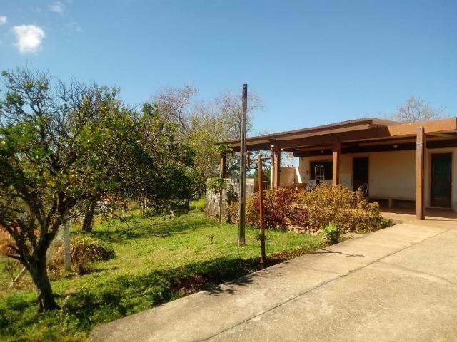 Sítio 3.500 m² com casa de 130 m² em Guararema - Foto 2