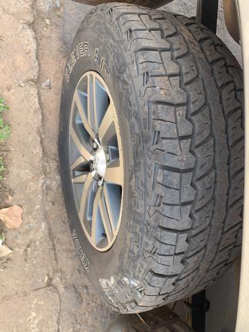 Rodas aro 18 Hilux SRX com pneus - Foto 3