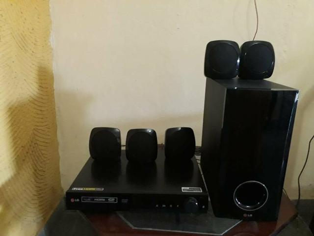 Home theater LG 5 caixas - Foto 2