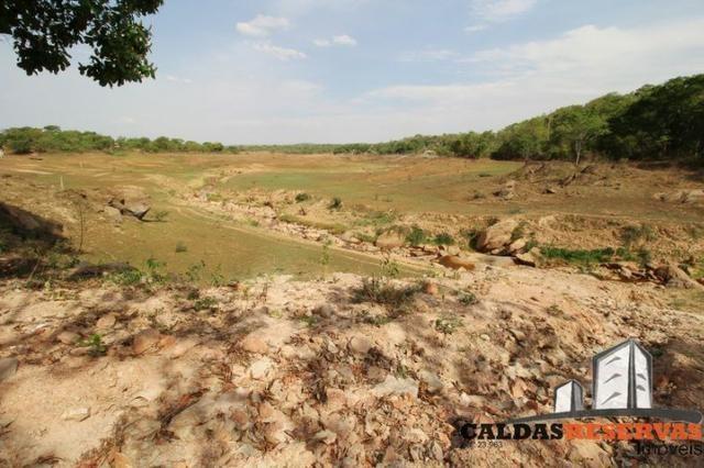 Terreno na Beira do Lago Corumba - Foto 10