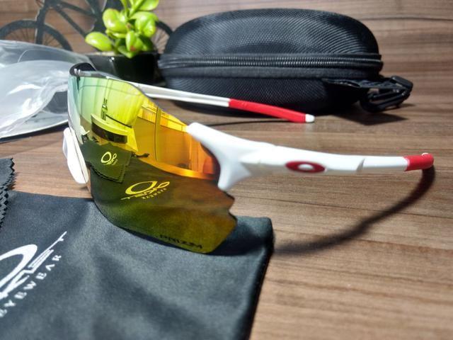 8672121195ee8 Óculos de Sol Esportivo de Ciclismo Oakley EV Zero - Ciclismo ...