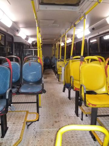 Ônibus urbano 2006 - Foto 4