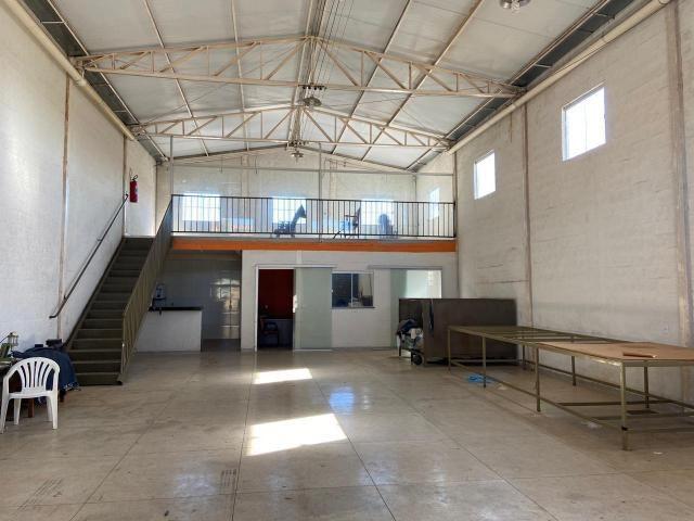 Galpão no Setor Garavelo em Aparecida de Goiânia - Foto 3