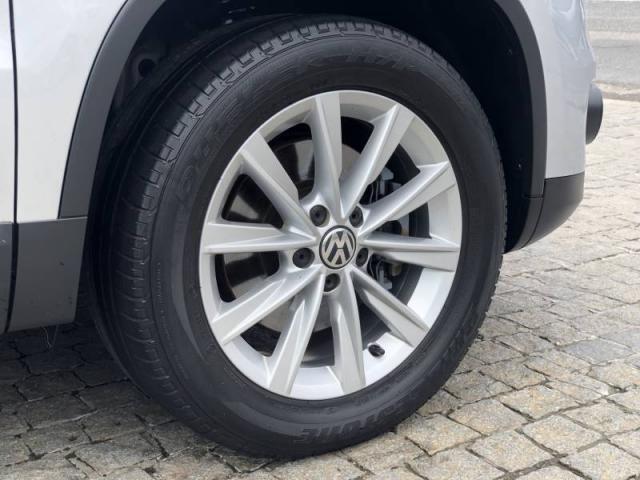 Volkswagen TIGUAN 2.0  - Foto 12