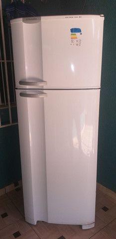 Vendo geladeira Electrolux 462l  R$1.300 - Foto 2