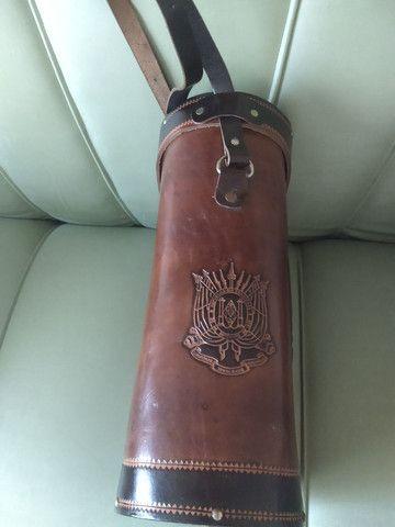 Bolsa em couro para transporte de chimarrão. - Foto 2