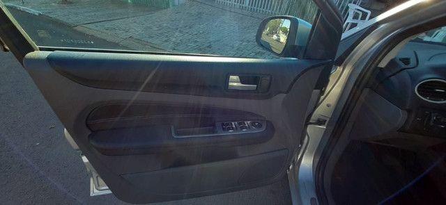 Vendo ford focus hatch 2.0 aut. flex - Foto 6